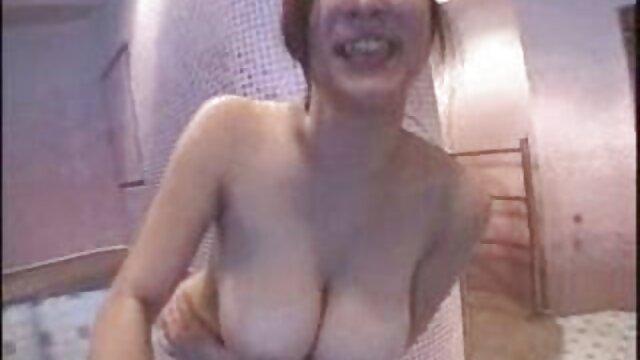 वह यत्न से हल, कमरे में रहने वाले एक मालिश में सेक्सी वीडियो एचडी मूवी उसके मुंह के साथ एक मुड़ आदमी है