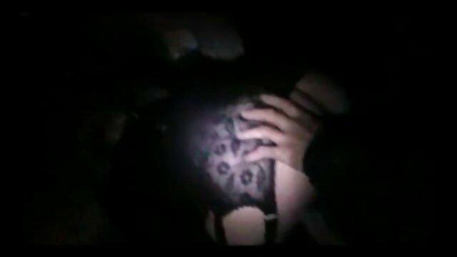 वह एक लड़की, मूवी एचडी सेक्सी उसके गले को अवरुद्ध और उसके हाथ घुट