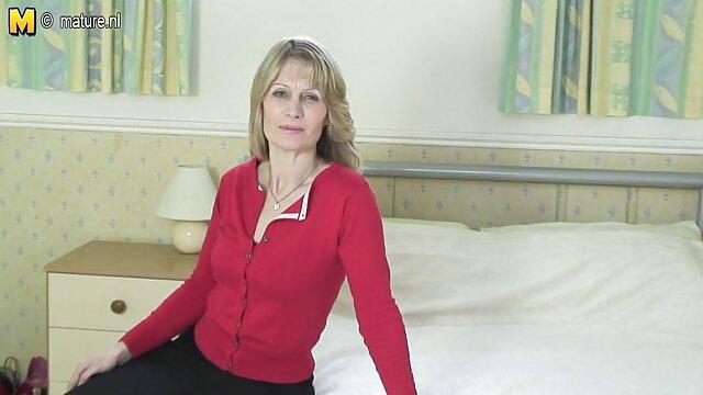 अंतिम महिला, उसे आपात स्थिति के समय में एक दोस्त, लाल खाई कोट सेक्सी वीडियो मूवी पिक्चर पुरुषों बरतें
