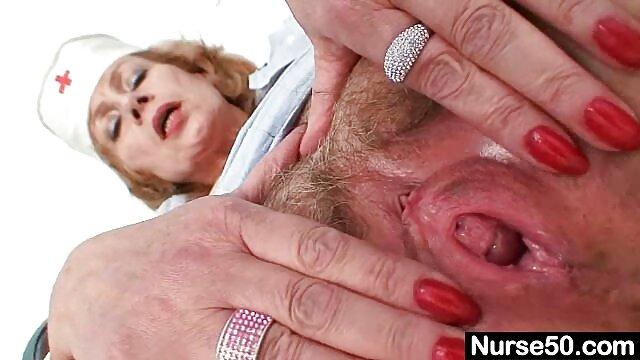 सेक्सी नर्स